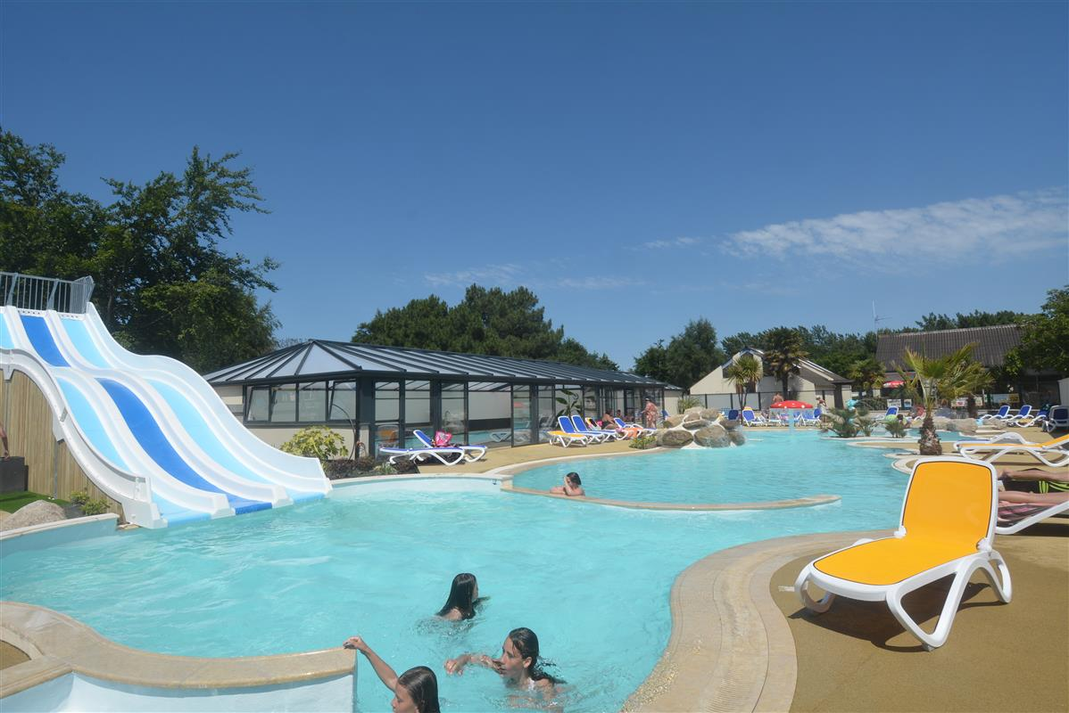 Piscine ext rieure chauff e camping piscine st malo for Camping st malo avec piscine couverte
