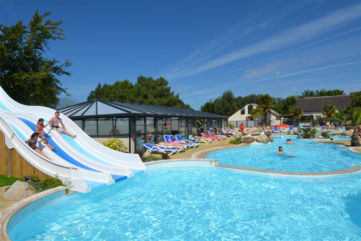 Piscine ext rieure chauff e camping piscine st malo for Piscine dinard